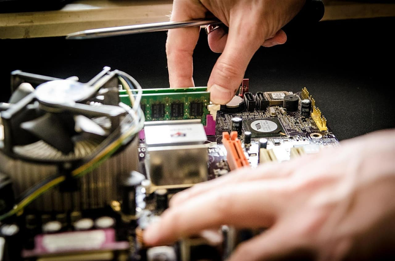 Simple Tips on Computer Maintenance